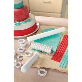Kit de pâtisserie rouleau embrosseur+emporte pièce pour pâte à sucre