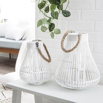 Lanterne avec anse en corde en bois blanc 28x34cm