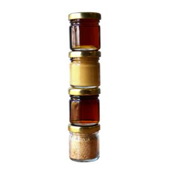coffret produits d'érable : pot sirop érable 40mL, pot sucre pépité 20g, pot gelée 40mL, pot fondant 50g