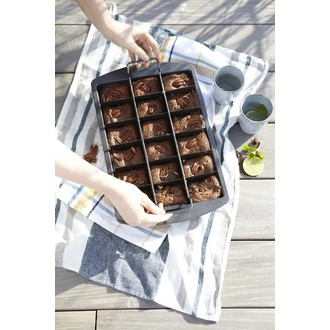 Moule à brownies avec découpoir 23x33cm