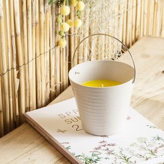 BOUGIES LA FRANCAISE Seau en fibre de bambou beige rempli de bougie citronelle