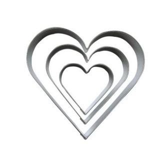 Set de 3 emporte pièce cœur grand (5,4 à 12cm)