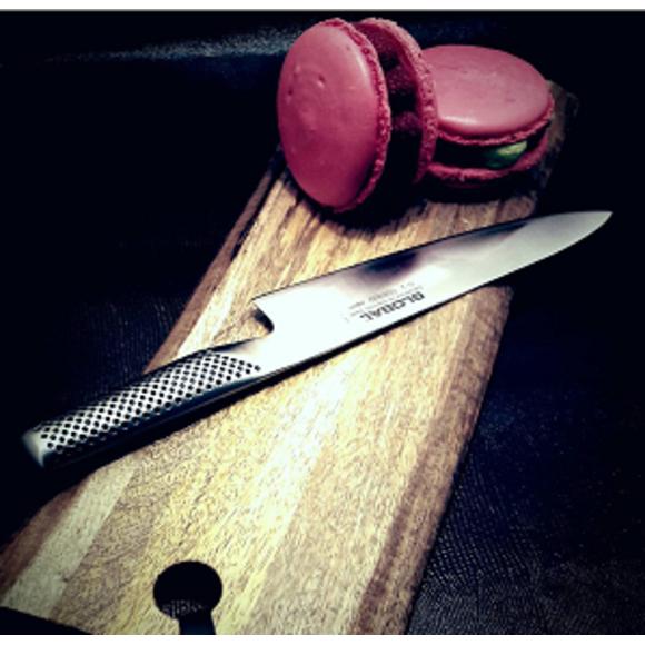 Tagliere in legno con bordo irregolare 43x16cm