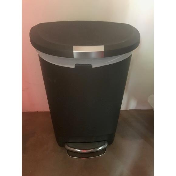 poubelle p dale demi lune en plastique gris 50l pas cher. Black Bedroom Furniture Sets. Home Design Ideas