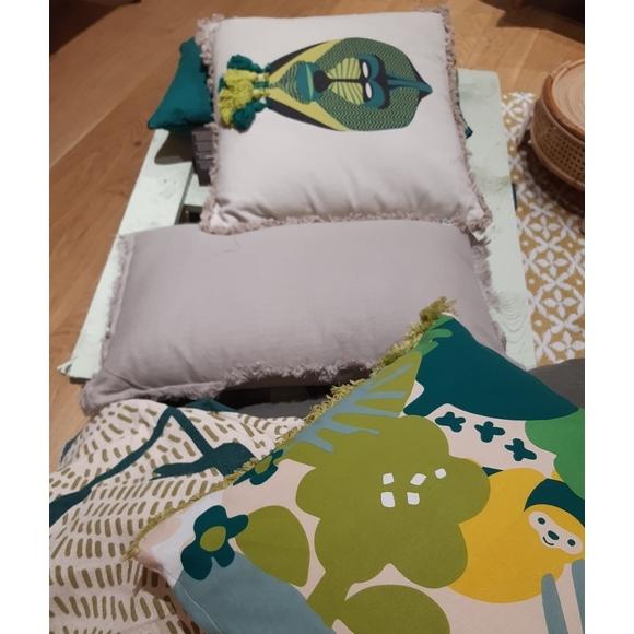 Cuscino cotone decorato con maschera Madrill 40x40cm