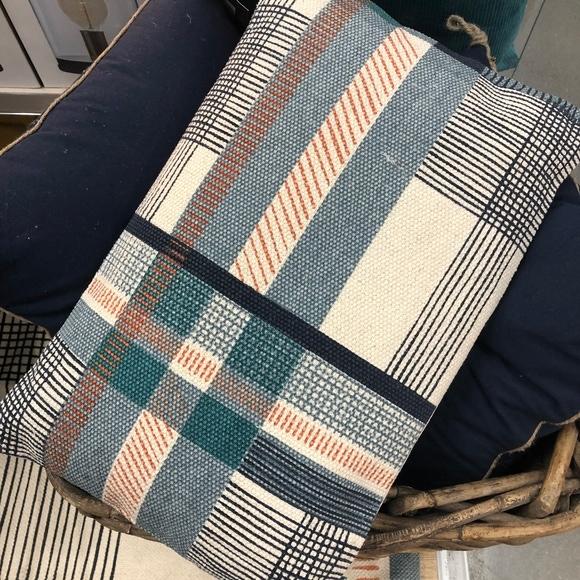 Cuscino rettangolare in cotone canvas blu rosso 30x50cm