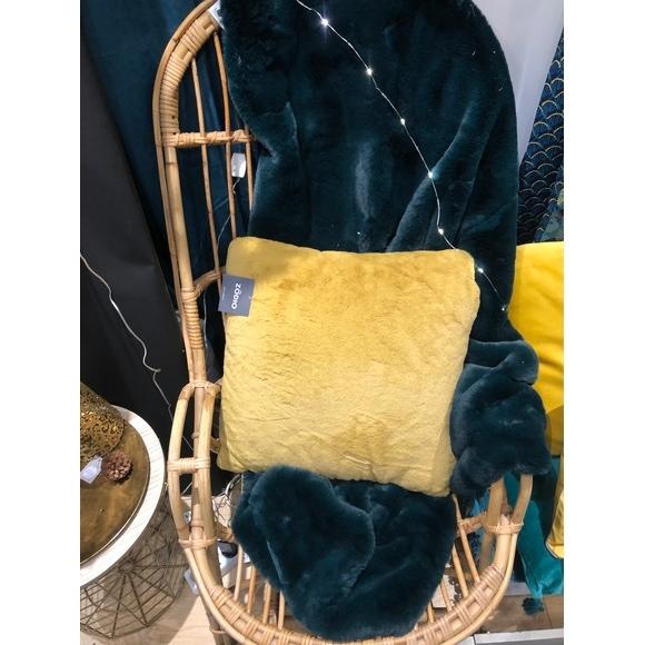 Plaid en fausse fourrure vert malachite Olga 125x150cm
