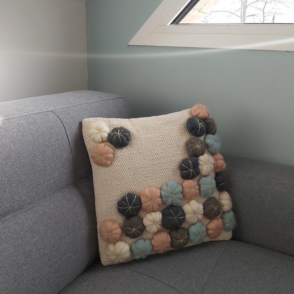 Cuscino quadrato in cotone fiori rosa 40x40cm
