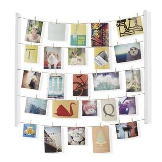 UMBRA - Pêle-mêle photos effet fil à linge blanc en bois - 40 pinces