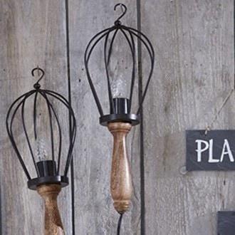 Lampe chantier avec manche en bois