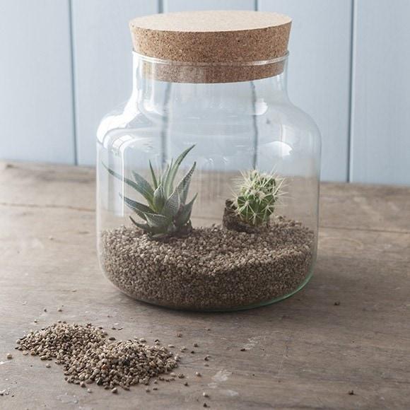 Achat en ligne Pierres décoratives brun clair en seau 1,45kg