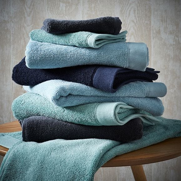 Serviette en coton éponge cendre 50x100cm