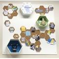 Set de 3 étagères héxagonales en bois brut blanc 24 à 30cm