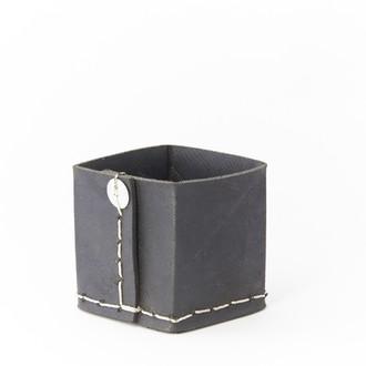 Pot à cotons et brosses en pneu recycle 10x10x11cm