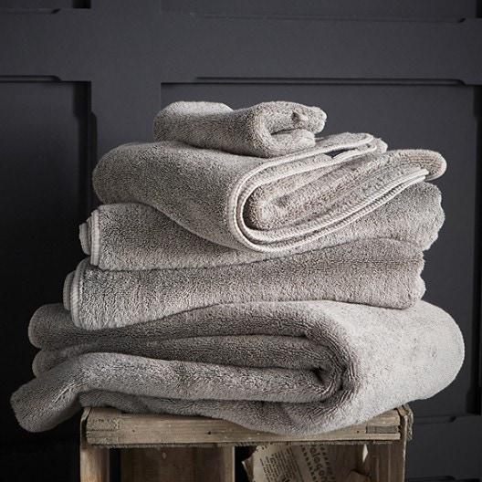 Achat en ligne Serviette de douche 70x140cm en micro-coton gris béton