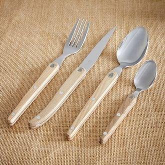 Fourchette en bois clair sens evolution