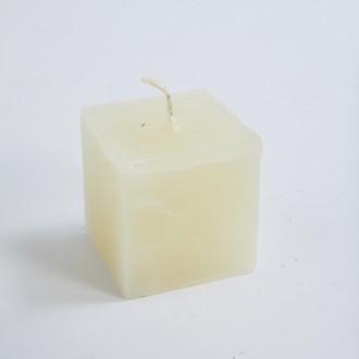 Bougie carrée ivoire 6x6x6cm