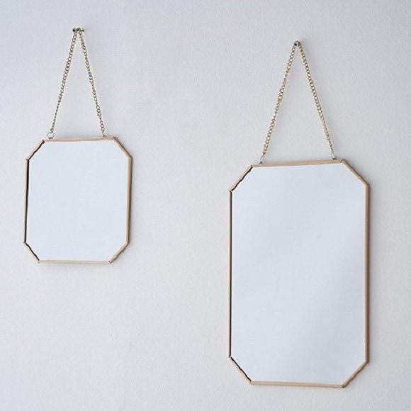 Miroir avec chaîne en laiton 21x30cm