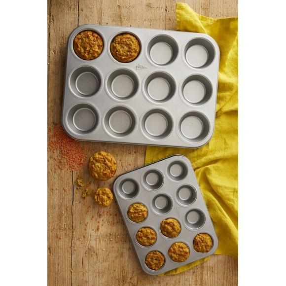 Moule à 12 muffins ou cupcakes en acier antiadhésif 35x27cm