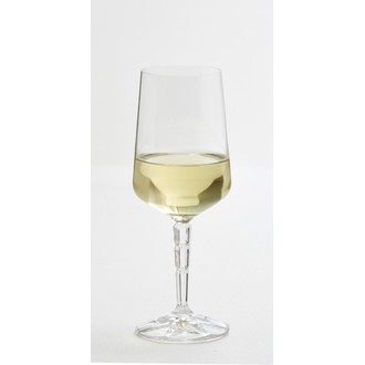 Verre transparent à pied facetté, 29cl