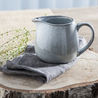 Pot à lait vert, style artisan, nori