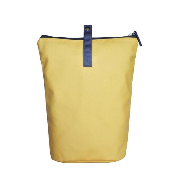 acquista online Trousse in cotone rivestito giallo 18x10x25cm