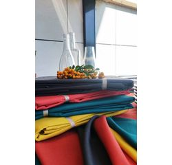 compra en línea Mantel anti-manchas de algodón mostaza Slub (150 x 200 cm)