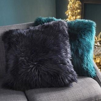 Zodio- coussin fourrure indis bleu nuit 50x50cm