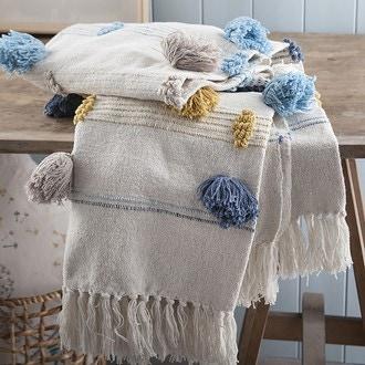 Zodio- plaid à franges et gros pompons jaune-ciel-bleu paon patton 125x150cm