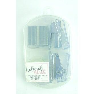 Indispensables kit bureau 2 mini-agrafeuses + agrafes + adhésif rouleau dans une boîte transparente