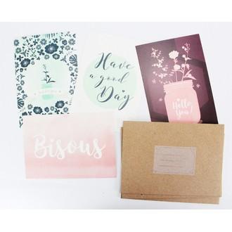 Lot de 4 enveloppes et cartes à fleurs pastel
