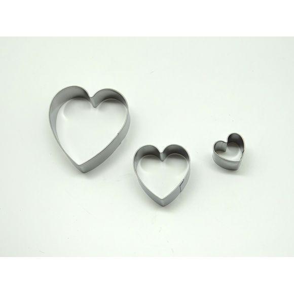 3 découpoirs cœur inox