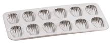 Achat en ligne Moule à 12 madeleines en fer blanc 39,5cm