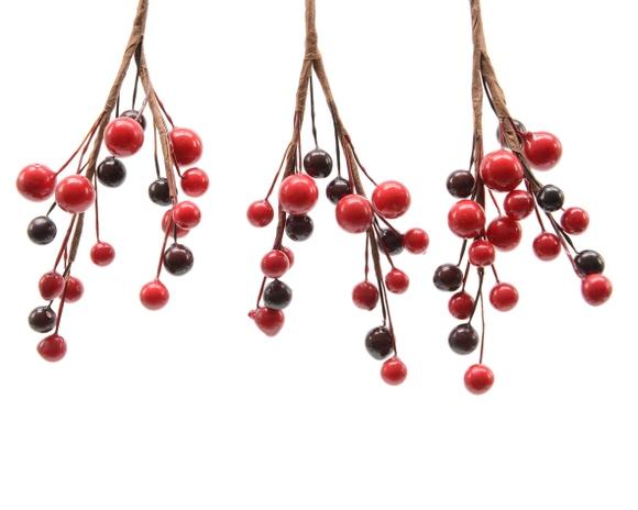Achat en ligne Branche de baies rouges 8cm