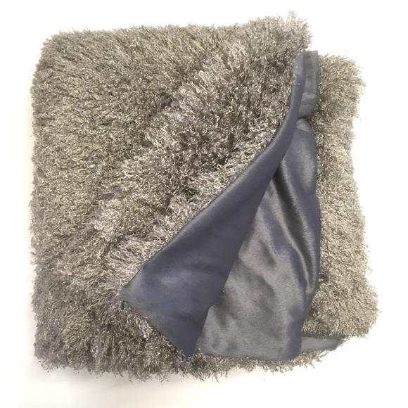Plaid Frisette gris argent Soin 125x150cm