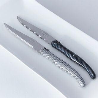 Couteau en damier blanc