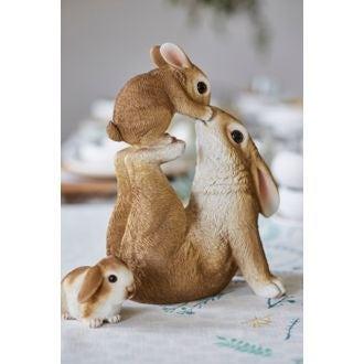 Grand lapin maron et blanc en polystyrène 12,5x20,5 cm