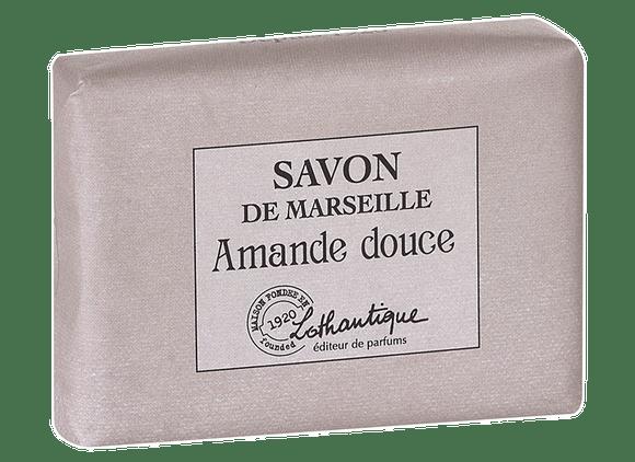 Achat en ligne Pain de savon de marseille parfum Amande douce 100g