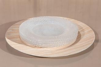 Assiette hôtesse en pvc, effet bois 33cm
