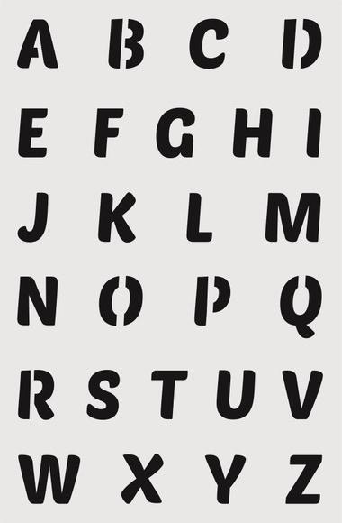 Achat en ligne Pochoir alphabet majuscules large 19*29