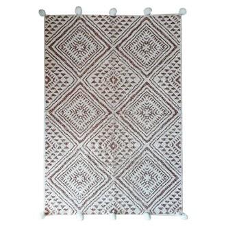 Tapis en coton tufté à pompons sienne soin 120x180cm
