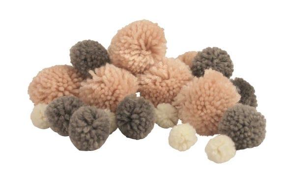 Achat en ligne 45 Pompons laine rose/gris/blanc