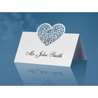 Marque place en papier en forme de cœur