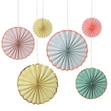 Achat en ligne Set de 6 rosaces en papier à suspendre pastel