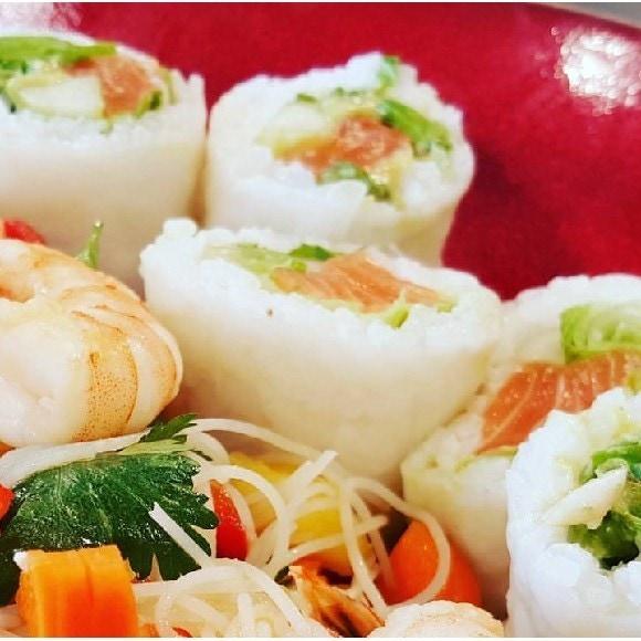 maki saumon (feuille de riz)