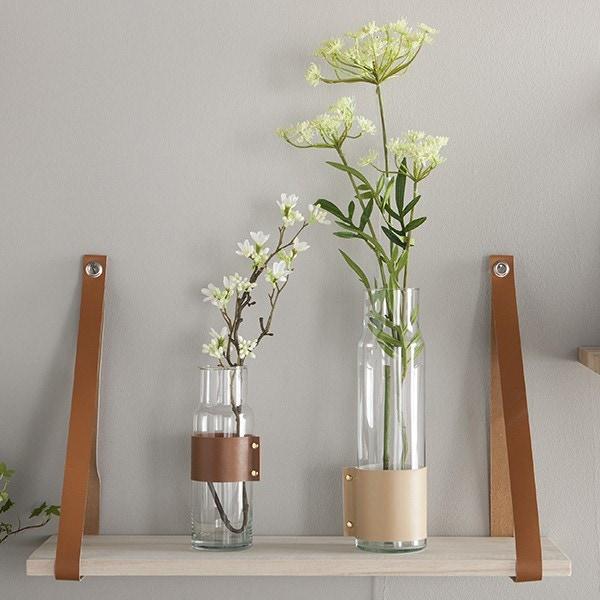 Mes vases décorés avec les feuilles de cuir
