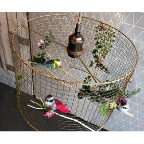 Luminaire cage romantique.