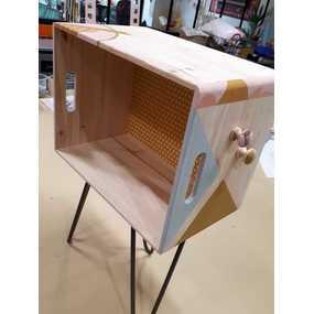 Table de chevet bibliothèque