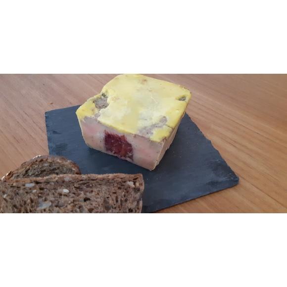 Foie gras mi cuit farci chutney Figue framboise.