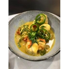 Curry de lotte au lait de coco, légumes rôties au four